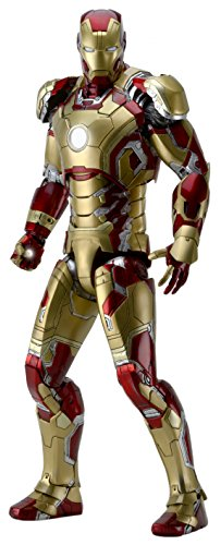 NECA Iron Man 3 1/4 Scale Iron Man (Mark 42) Action Figure