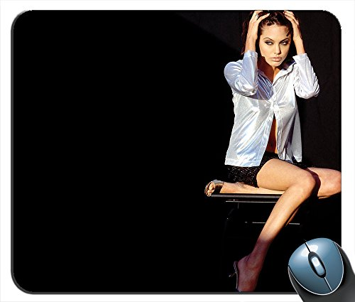 - Lovely Angelina Jolie v1896 Mouse Pad