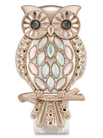 Bath and Body Works Marquee Owl Nightlight Wallflowers Fragrance Plug.