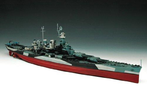 トランペッター 1/350 米海軍 戦艦 BB-55 ノースカロライナ プラモデル