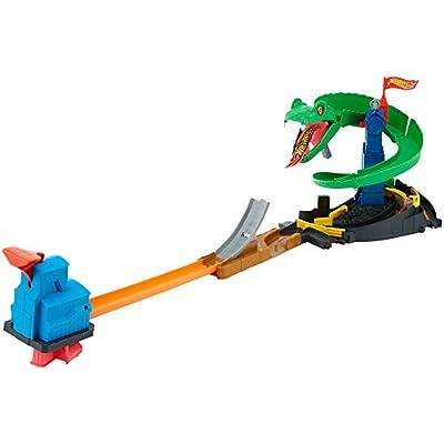 Hot Wheels City Cobra Crush Playset: Toys & Games