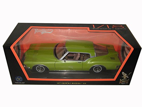 - Buick 1971 Riviera GS Green 1/18 by Road Signature 92558