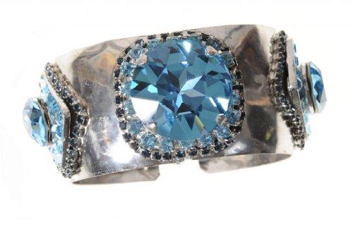 na Swarovski Crystal Cuff Bracelet (Otazu Swarovski Crystal)
