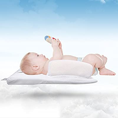 Baby Sleep Positioner with Pillow, Portable Infant Crib with Reduce Vomiting Milk Design and Anti Slip Handle for Enjoying Comfortable Sleeping