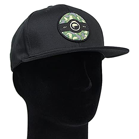Amazon.com   Fly Fishing Hat - THE DUKE - SIGNATURE SERIES - CAMO ... d07116aa98e