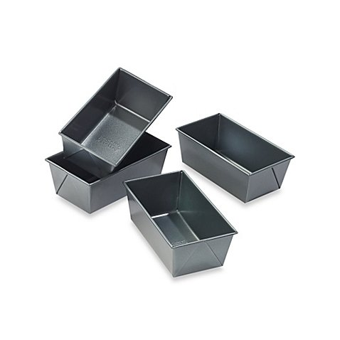 Chicago Metallic Professional Mini Loaf Pans with Armor-Glide Coating (Set of (Chicago Metallic Professional Loaf Pan)