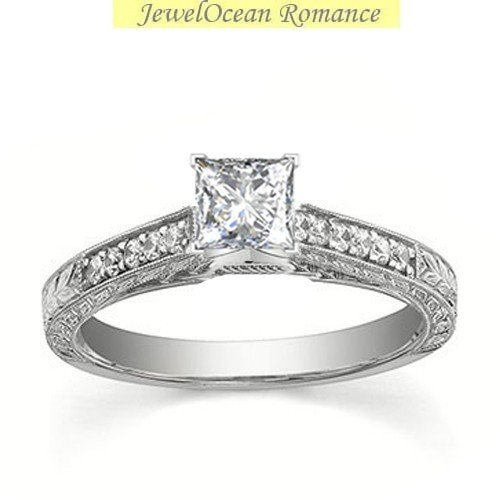 0.50 Princess Cut Diamond (Glamorous Antique Diamond Engagement ring 0.50 Carat Princess Cut Diamond on Gold)