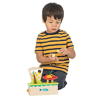 Tender Leaf Toys Weighing Scale Cake Wooden Play Food: Toys & Games