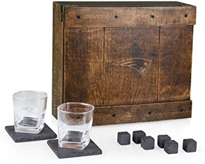 PICNIC TIME NFL New England Patriots Whiskey Box Gift Set with Service for Two