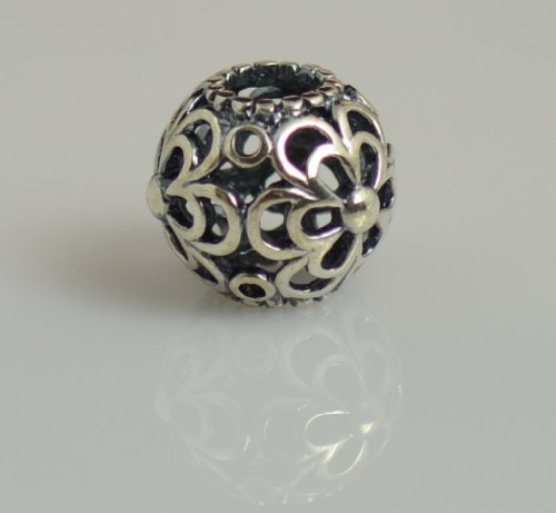 Authentic Pandora Sterling Picking daisies