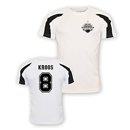 newest collection 8bc8a 27221 Amazon.com : UKSoccershop Toni Kroos Real Madrid Sports ...
