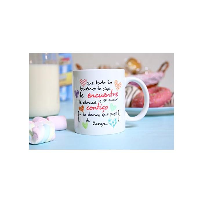 """411aErD9rXL ☕ TAZA DE CERÁMICA DE CALIDAD: Las tazas cerámicas de alta calidad como esta, son el mejor regalo original para motivar o animar a alguien. El dibujo de la taza está hecho con una tinta sublime que la hace resistente a microondas y lavavajillas. Color blanco, 11 oz / 350 ml. Estas tazas regalo serán un recuerdo encantador y duradero ya sea de compañeros de clase, colegas de trabajo, hijos, amigos, padres… Y… ¡qué mejor para motivarse que desayunar juntos con esta taza de cumpleaños! 🎉 LA TAZA, EL REGALO MULTIUSOS IDEAL. Una bonita y colorida taza motivadora para animarse… ¡que también es multiusos! No hace falta comprar regalos demasiado sofisticados, pues aunque se denominen """"tazas de café"""" o """"tazas de desayuno"""", también se pueden usar para otros líquidos como té o incluso cerveza. Y valen para mucho más, por ejemplo, se pueden usar como decoración (como un jarrón de porcelana china) 🎁 IDEA PERFECTA COMO REGALO PARA MOTIVAR. ¿Buscando complejos regalos a un precio desorbitado? ¡No vale la pena! Si tu objetivo es animar a alguien que lo necesita, aquí tienes un regalo sencillo, de utilidad, que dará una dosis de moral y motivación gracias al mensaje original y cuidado diseño. Nuestras tazas para regalo además son sinónimo de buen precio, mensajes divertidos, colores vivos y calidad. Un regalo original único e inolvidable, resistente al uso diario"""