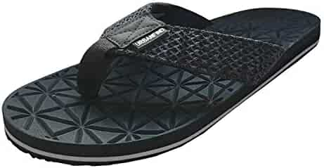 6b1bb35524df URBANFIND Men s Flip-Flops Classic Light Weight Slippers Knit Thong Sandals