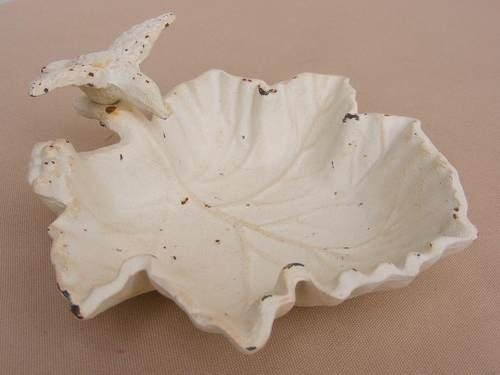Cast Iron Soap Dish Bird / Leaf White Bird Feeder