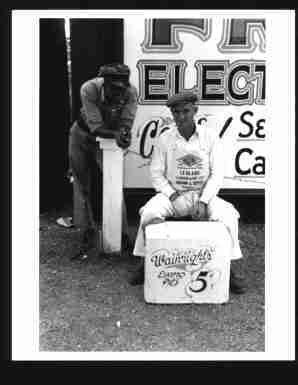 photo-ice-cream-vendor-eskimo-pies-5-cents