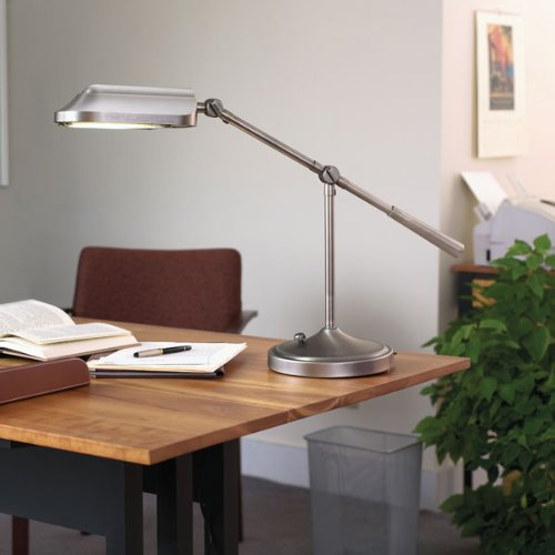 Verilux Heritage Deluxe Natural Spectrum Desk Lamp, Classic All-Metal Design, Tilting Head, and Hi/Low switch, Antiqued Brushed Nickel