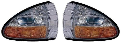 Go-Parts PAIR/SET OE Replacement for 1992-1995 Pontiac Bonneville Side Marker Lights Assemblies/Lens Cover - Front Left & Right (Driver & Passenger) Side For Pontiac Bonneville