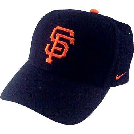 the best attitude ca062 a23f2 Amazon.com : Nike San Francisco Giants Black Wool Classic II ...