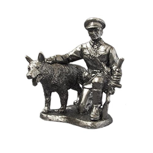 World War 2 Soviet Border Guard With Dogsoldiers UnPainted Tin Metal 54mm Action Figures Toy Soldiers Size 1/32 Scale for Home Décor Accents Collectible Figurines ITEM #ww-09 (Border Soviet Guards)