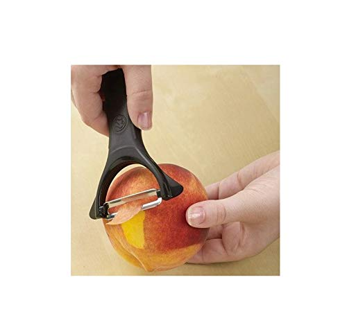 The Pampered Chef Serrated Peeler #1072
