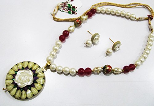 Beautiful Flower Pendant Set, White and Yellow Color Necklace and Earrings, Meenakari Enameled Beads, Kundan Polki Art, Trendy Pearl Jewelry ()