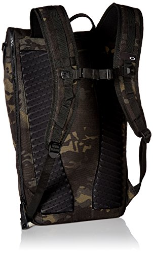 Oakley Men s Voyage 23l Roll Top Mc Accessory, -black Multicam, N A