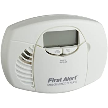 First Alert CO410 Battery Operated Carbon Monoxide Detector Alarm with Digital Display and Peak Memory