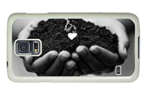 Hipster Samsung Galaxy S5 Cases sell Piece Earth Heart Pendant PC White for Samsung S5