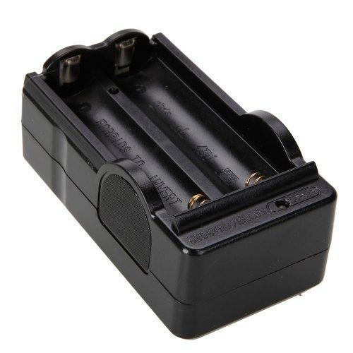 Amyove Batería de Litio Recargable Eastvita® 3.7v 18650 3600mah con Cargador (2 baterías)