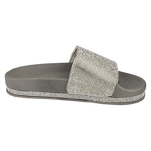 540221bd634de ... Savannah Damen Pantoffeln Silber Savannah Damen Pantoffeln Silber  Savannah Damen Pantoffeln Silber. Der BAP · Converse All Star Chucks EU 45  UK 11 Skull ...