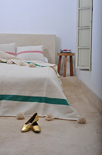 Green Jewel. Moroccan Pom Pom Blanket Throw, Quilt, Bedding, Wool. X-Large (94 x 118 inches / 2.4 x 3 m) Moroccan Jewel