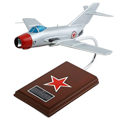 Mastercraft Collection Mikoyan Mig-15 Scale: 1/32