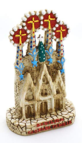ART ESCUDELLERS Resin and handainted Sagrada Familia. Decoration Inspired by The Modernist Architecture of Barcelona 7 cm x 4 cm x 11 cm