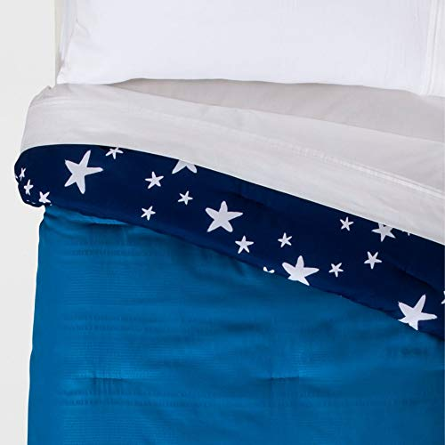 Pillowfort Seersucker Reversible Blue Stars Comforter Set, Twin