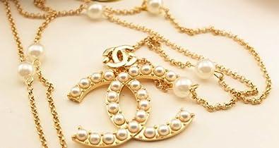 Faux Pearls Große CC Anhänger Gold Tone Lange Halskette