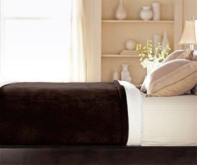 sunbeam-luxurious-velvet-plush-king-heated-blanket-with-20-heat-settings-auto-off-2-digital-controll