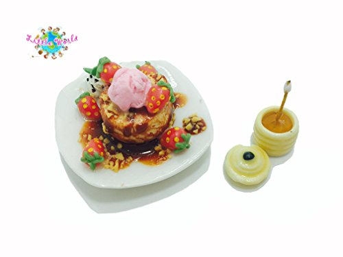 Dollhouse Miniature Food:Very Strawberry Honey Toast With Jar, Little world Collectibles, Dollhouse Miniature Food, Dollhouse Kitchen Accessories, Size 1'[2.5 cm] ,The same size as Barbie (Christmas Cactus Cookie Jar)