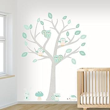 DecoDeco Wandtattoo Baum Baby Woodland Minze. Wandbild Im Baummotiv Für Das  Babyzimmer Mit Niedlichen Tieren