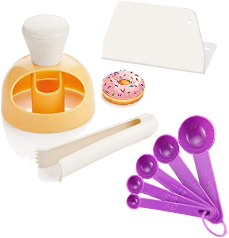 donut-cutter-set-of-8-with-dipping