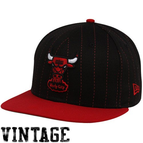 New Era Chicago Bulls Black-Red 9FIFTY Pinstripe Snapback Adjustable ()