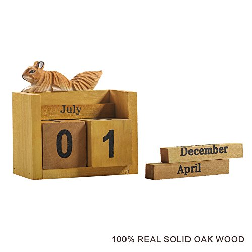 Wood Squirrel - Desk Calendar Wood Block 2018, Squirrel/Rabbit Design Perpetual Cube Desktop Blocks Perpetual Large Calendar For Home Décor, Office Accessories, Flamingo Design, Decorative, Gift (Squirrel)
