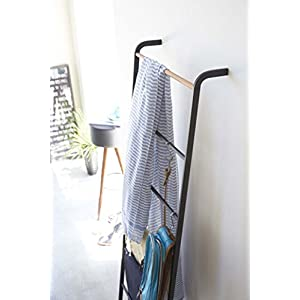 YAMAZAKI home Tower Leaning Ladder Rack Black
