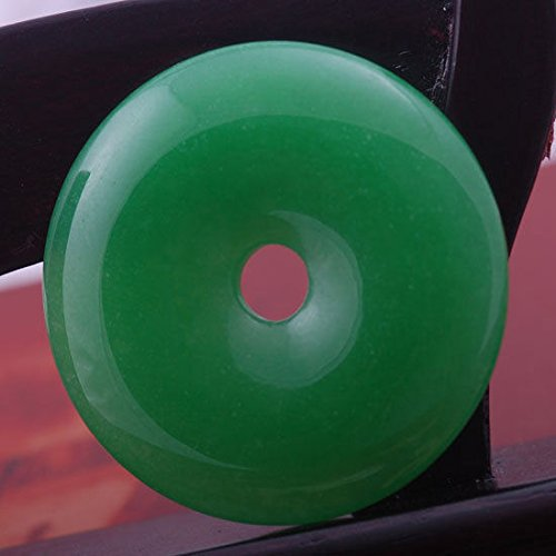 HOO 50mm Imperial Green Stone Jade Donut Circle Bead Pendant for ()