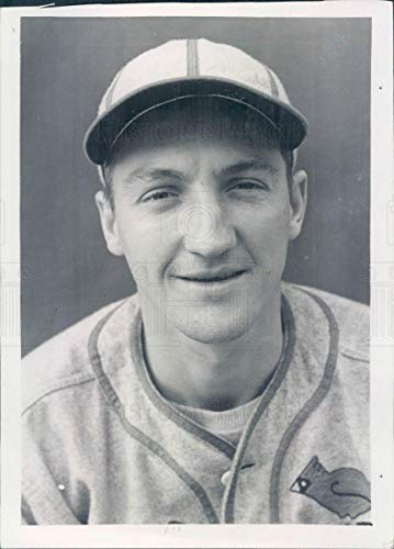 Historic Images - 1939 Vintage Press Photo MLB St Louis Cardinals Pitcher Bob Bowman - snb3723 ()