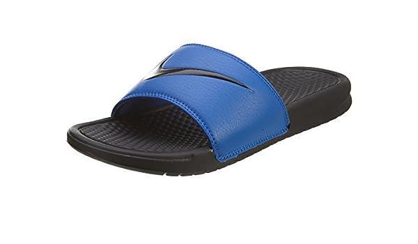 e57b9bc2011b Amazon.com  Nike Men s Benassi Swoosh Slide Sandal (6 D(M) US
