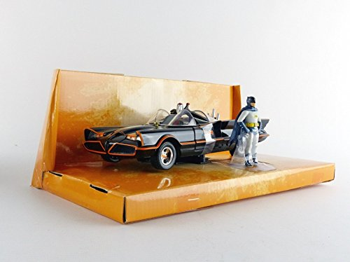 die cast batmobile - 1