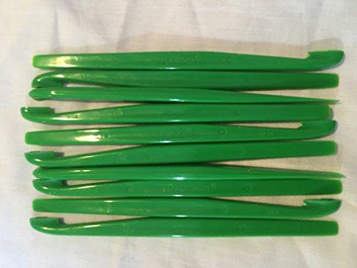 Gain 10 Tupperware Dark Green Citrus Peelers wholesale
