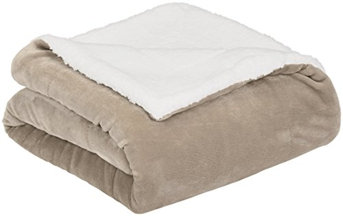 AmazonBasics Micromink Sherpa Blanket - Super-Soft, Wrinkle-Resistant - Full/Queen, Taupe