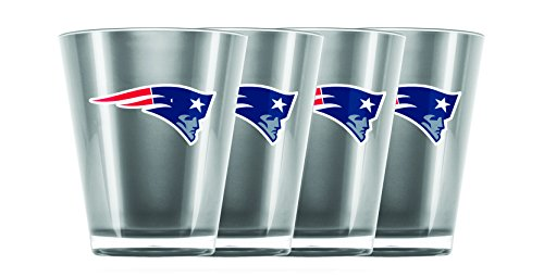 NFL New England Patriots Insulated Acrylic Shot Glass Set of 4 ()