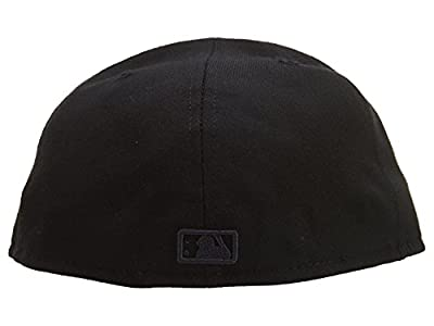 New Era Cleveland Indians Fitted Hat Style: hat3054-black Size: 7 3/8